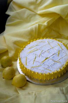 La torta al limone della mamma di Iginio Massari ๏~✿✿✿~☼๏♥๏花✨✿写❁~⊱✿ღ~❥ TU Jul ~♥⛩☮️ Lemon Recipes, Sweet Recipes, Cake Recipes, Dessert Recipes, Torte Cake, Cake & Co, Lime Cake, Cake Business, Bakery Cakes