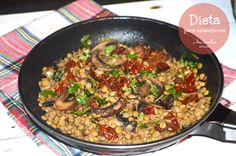Comer bem até aos 100...: LENTILHAS COM COGUMELOS, TOMATE SECO E COENTROS