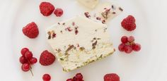 Free Christmas Recipe: Pistachio & Berry Ice-Cream