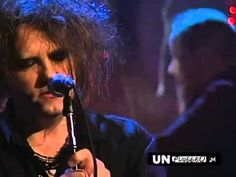 Korn AND The Cure [Korn feat. Robert Smith - In between days (make me bad) HQ]