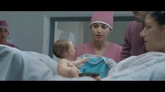 Meet The Internet Baby - Funny videos Funny Baby Gif, Very Funny Gif, Funny Babies, Funny Pictures Images, Funny Photos, Archive Music, Persuasive Text, Funny Commercials, Influencer