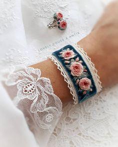 floral embroidery Salk Health in ihren Hnden _________________________________. Embroidery Bracelets, Ribbon Embroidery, Floral Embroidery, Embroidery Stitches, Embroidery Patterns, Fabric Bracelets, Textile Jewelry, Fabric Jewelry, Jewellery