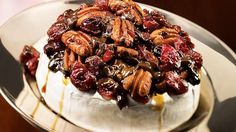 Try this Warm Brie with pecan, cranberry and dark chocolate topping recipe Cranberry Bars, Cranberry Cheese, Brie Au Four, Canadian Thanksgiving, Chocolate Topping, Tapas, Pecan, Healthy Snacks, Brunch