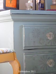 Chalk paint projects with Annie Sloan - Debbiedoo's