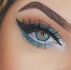 c3bc26bb6c3 10 Best FOREST GREEN images in 2019 | Makeup, Beauty, Beauty makeover
