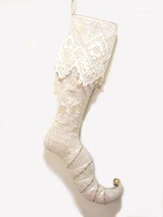 Christine Grenier Collection de bas de Noël.  Bas Elfe des Glaces, collection privée / Christine Grenier's Christmas stockings Collection. Stocking Elf of Polar Ice, private collection