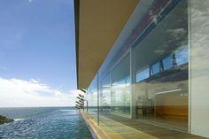 contemporaty beach homes | Contemporary Terrigal Beach House by Jorge Hrdina Architects | Modern ...