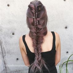 I was messing with @minxieee on periscope the other day. Came up with an infinity braid into fishtail braid. Make sure to follow me username Jennystrebe color by @jaywesleyolson #braid #braids#braidposts #btcpics #hair #hairstyle #hairdo #samvilla