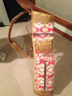 Momma reupholstered this vintage golf bag so the colors match my wedding  colors e273626ee714c