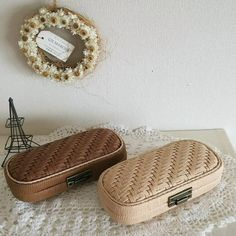 Bamboo Basket, Arts And Crafts, Paper Crafts, Art Necklaces, African Print Dresses, Diy Crafts To Sell, Bamboo Products, Baby Shoes, Weaving