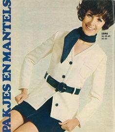 Vintage Chic Teen Fashion, Fashion Models, My Spare Room, Fashion History, Superstar, Suit Jacket, Barbie, Vintage Fashion, Shirt Dress