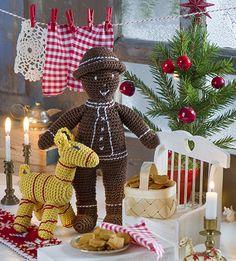Dags att virka julbock och pepparkaksgubbe! De ljuvliga små krabaterna kommer garanterat bjuda på julstämning där hemma. För att se beskrivning, klickahär. För att se beskrivning till...