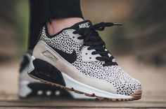 Nike Air Max 90 Safari White Black-Gum Light Brown (1)
