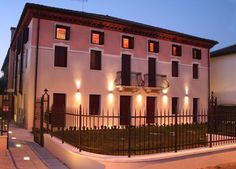 [Residence Villa Giotto] - Venice Italy - Vacations Apartment and Accomodation