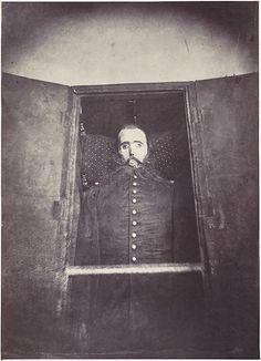IMAGE NOT FOR THE FAINT OF HEART. Maximiliano I Emperor of Mexico's corpse.