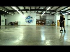 ▶ Roller derby: transitioning from forward to back - YouTube