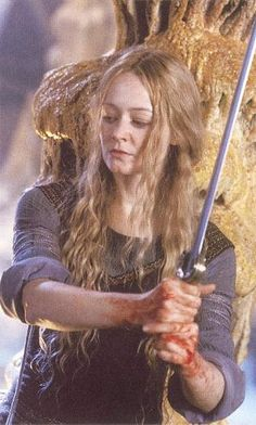 Éowyn's deleted scene in the Glittering Caves (Helm's Deep).
