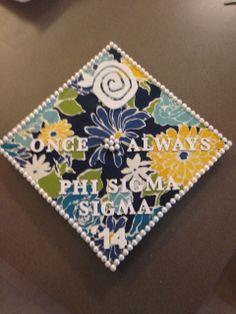 ifineededsomeone: All done! Phi Sigma Sigma, Alpha Xi Delta, Graduation Caps, Grad Cap, Cap Decorations, Cap Ideas, Paddles, Greek Life, Siena