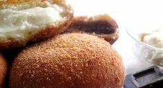 iris alla crema ~ I want one right now! Italian Pasta Recipes, Sicilian Recipes, Sicilian Food, Easy Fruit Tart, Italian Desert, Donut Bun, Italian Cookies, Frittata, Iris