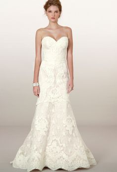 Dreamy, sophisticated and darling. Liancarlo Fall 2014 bridal collection. #bride http://www.weddingchicks.com/2013/12/10/liancarlo-fall-2014-bridal-collection/