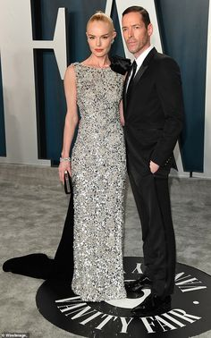 Kate Bosworth stuns in silver sequins while cozing up to husband Michael Polish in Los Angeles Silver Dress, Silver Sequin, Metallic, Red Carpet Gowns, Ralph And Russo, Vanity Fair Oscar Party, Kate Bosworth, Formal Looks, Fashion Styles