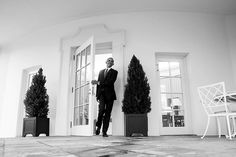 Obama's photographer just shared a very poignant farewell photo - AOL News