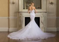 Pnina Tornai   2017 Dimensions Collection  Style no. 4532