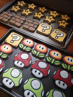 Question Block/Super Mario Cookie Cutter by on Etsy Iced Cookies, Cute Cookies, Royal Icing Cookies, Cookies Et Biscuits, Sugar Cookies, Super Mario Birthday, Mario Birthday Party, Super Mario Party, Super Mario Cupcakes