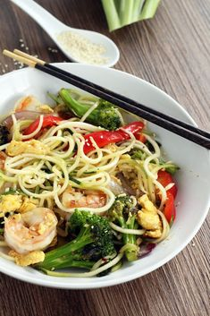 Fried King Prawn Noodles with Ginger and Sesame Seeds