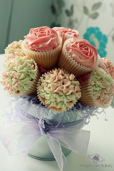 Spring/Summer birthday cupcake bouquet.