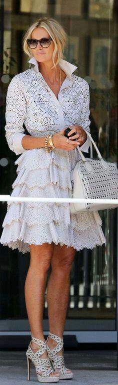Vestido de tira bordada blanco