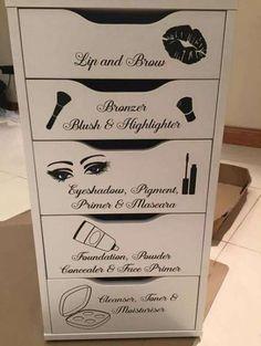 41 Trendy Makeup Organization Bathroom Storage Hacks – Make up Artist Diy Makeup Organizer, Makeup Storage Organization, Organization Ideas, Storage Ideas, Travel Organization, Makeup Storage Drawers, Organizing Tips, Makeup Room Decor, Makeup Rooms