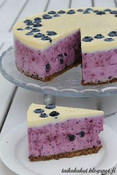 Vaniljainen tuplamustikkajuustokakku (ø24cm) Baking Recipes, Cake Recipes, Delicious Desserts, Yummy Food, Scandinavian Food, Sweet Pastries, No Bake Treats, Let Them Eat Cake, No Bake Cake