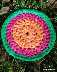 crochet t-shirt yarn mandala trivet This cheerful  hot pad has a free crochet pattern in my blog