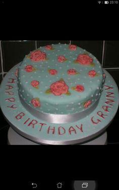 Vintage roses cake.