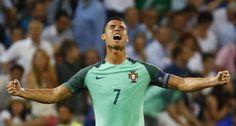 Cristiano Ronaldo iguala recorde de Platini - Português marcou o seu nono golo em fases finais de Europeus, igualando o recorde do francês.