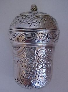 Silver Nutmeg grater with chased motifs