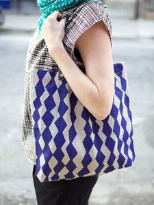 a simple but fabulous tote from Lotta Jansdotter