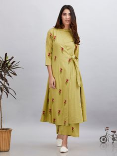 Olive Green Magenta Block Printed Cotton Mulmul Wrap Kurta with Palazzo - Set of 2 Kurta Designs Women, Blouse Designs, Latest Kurti Designs, Dress Designs, Kurti Patterns, Dress Patterns, Indian Dresses, Indian Outfits, Stylish Dresses