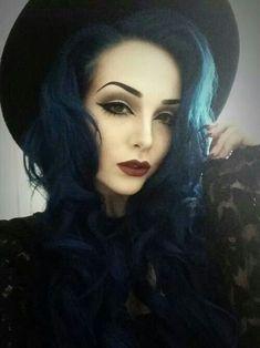 Louco de Halloween penteados de inspiração - http://bompenteados.com/2017/11/22/louco-de-halloween-penteados-de-inspiracao