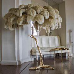 Gold Floor Lamp, Tree Floor Lamp, Modern Floor Lamps, Feather Lamp, Feather Tree, Motif Tropical, Floor Standing Lamps, Contemporary Lamps, Decorate Your Room