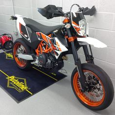 Show us your KTM 690 SMC - Page 85