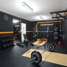 home gym design Home Gym Basement, Home Gym Garage, Diy Home Gym, Home Gym Decor, Gym Room At Home, Workout Room Home, Workout Rooms, Dream Home Gym, Best Home Gym Setup