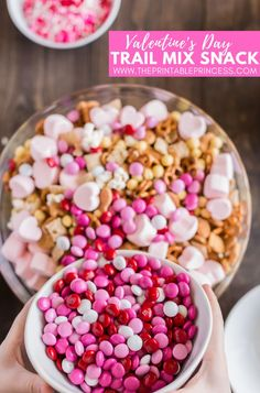 "Combine snacks and crafts with this Valentine's Day snack! It is perfect for classroom parties. Parties with a ""snack-plan"" are so much easier to put together (and you don't end up with 6 dozen cupcakes, 80 juice boxes, 5 dozen cookies, and 9 bags of chips)  Plus the FREE editable parent letter and snack printables make this the easiest classroom party to plan. This snack makes a festive and delicious Valentine's Trail Mix or turn it into a classroom community Friendship Trail Mix."