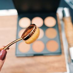 Weapon of choice: blending brush.    Check our our entire arsenal of brushes by visiting the link in our bio.  .  .  .  .    #blending #contour #contouring #highlights #palette #blendingbrush #makeupporn #beautybloggers #beautyblogger #beautyguru #beautyqueen #beautycare #beautyproducts #beautycommunity #myvancouverlife #vancouverbc #vancouverartist  #crueltyfree #crueltyfreemakeup    #Regram via @www.instagram.com/p/Bsd8G5iAH8Q/ Cruelty Free Makeup, Contouring, Beauty Care, Arsenal, Weapon, Brushes, Highlights, Palette, Link