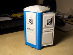 Portable Toilet ToiToi 1:14 by Unix - Thingiverse