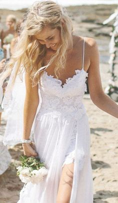 Swoon Worthy Beach Wedding Dress...Cute love the details.Try different fabric & embellishments combinations for that modern but classic bridal look.