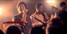 """Bruno Mars performs """"Locked out of Heaven"""" live in Paris 