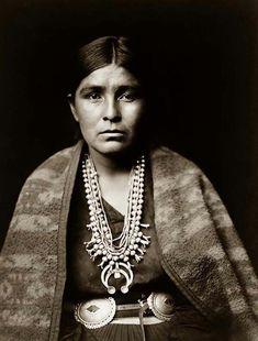 Navajo Woman. It was taken in 1904 by Edward S. Curtis