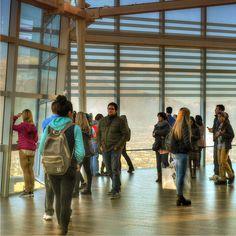 O @skycostanera é visita obrigatória no Chile a vista lá de cima é estonteante você pode ver toda a cidade de Santiago em um giro 360. - - - - - -  #skycostanera #skycostaneracenter #skycostaneratower #santiagodechile #Santiagoadicto #Chilegram #turistikchile #Chile #MeGusta #SantiagoNoPara #santiago #instachile #vistalinda #cordillera #ferias #chile #travelling #travelblog #travelbloggers #travelblogging #travelblogger #travelphotography #ComerDormirViajar #costaneracenter #blogueirorbbv…